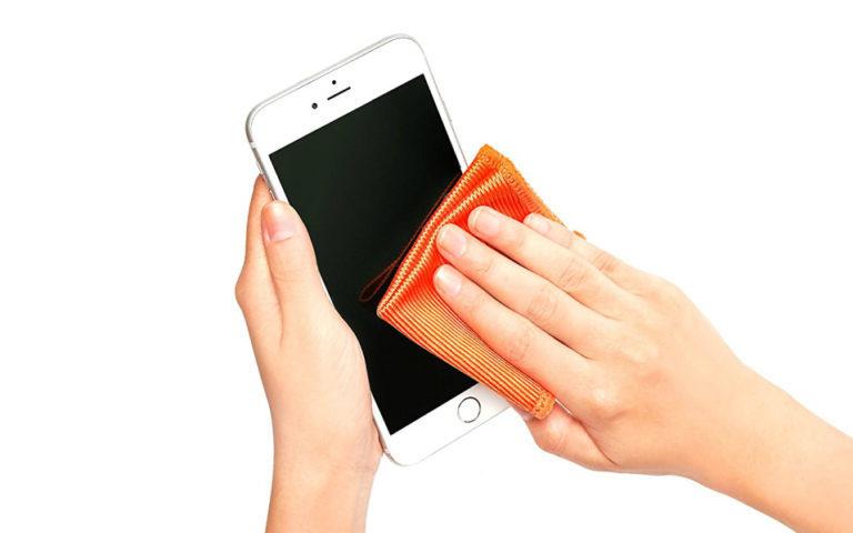 Καθαρίστε σωστά την οθόνη του iPhone